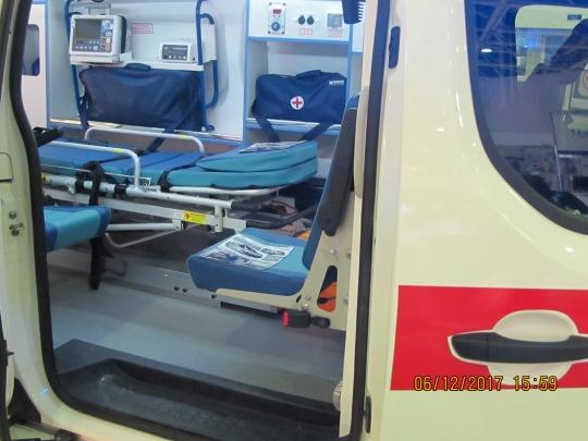 автомобиль для оказания скорой медицинской помощи и перевозки больных CITROEN JUMPY, модель 2017 года, ПГ «Самотлор-НН».
