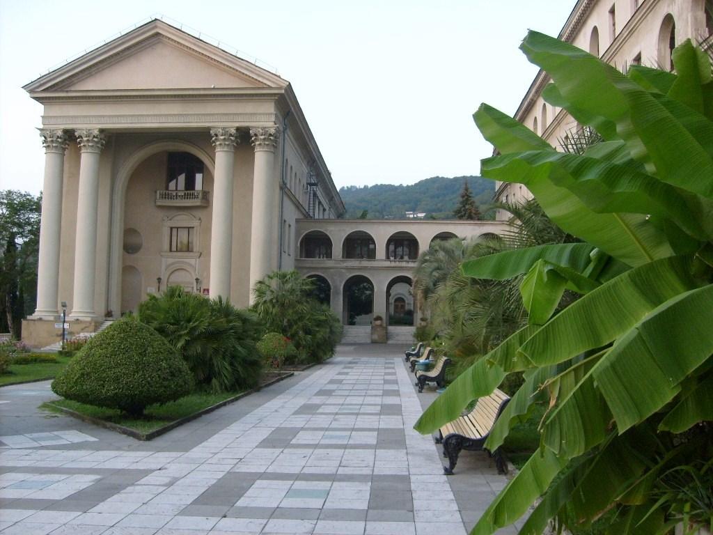 Здоровье: санатории Сочи не хотят лечить больных и уклоняются от уплаты налогов
